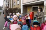 2015-12-04 - Mrówki - Wyjście na pocztę
