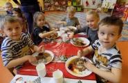 2015-12-08 - Motylki - Obiad wtorkowy - Jemy nożem i widelcem