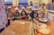 2016-01-13 - Biedronki - Pieczemy ciasteczka jabłkowe