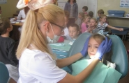 2016-09-22 - Mrówki - Wizyta u stomatologa