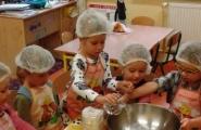 2016-09-30 - Mrówki - Pieczemy chleb