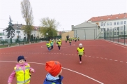 2017-04-20 - Sowy - Zajęcia sportowe na boisku szkolnym