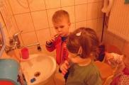 2017-10-04 - Kotki - Myjemy ząbki