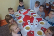 2017-11-07 - Biedronki - Elegancki obiad biało-czerwony