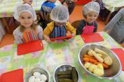 2017-11-15 - Biedronki - Robimy sałatkę warzywną