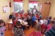 2017-11-20 - Biedronki - Mama Adasia prowadzi zajęcia logopedyczne