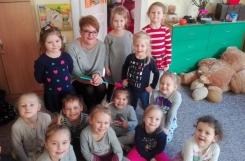 2018-02-21 - Żabki - Mama Agatki czyta bajkę