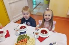 2018-04-18 - Kotki - Elegancki obiad pędzlem malowany