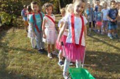 2018-09-20 - Mrówki - Świętujemy Dzień Przedszkolaka na dożynkach