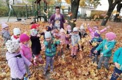 2018-10-19 - Kotki - Jesienne zabawy w ogrodzie przedszkolnym