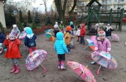 2018-11-14 - Biedronki - Przygoda z parasolem