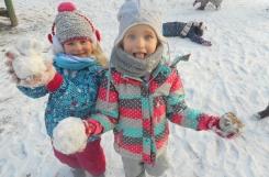 2018-12-17 - Mrówki - Zabawy na śniegu