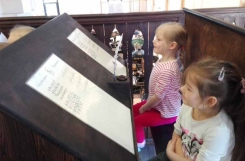 2019-04-02 - Motylki - Wycieczka do Muzeum Piśmiennictwa i Drukarstwa w Grębocinie