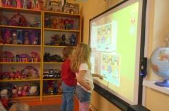 2019-09-09 - Mrówki - Uczymy się przy tablicy interaktywnej