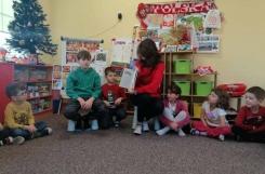 2019-12-19 - Motylki - Mama i brat mikołaja czytają bajki