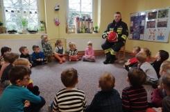 2020-03-11 - Kotki - Zajęcia z Tatą Oli - strażakiem