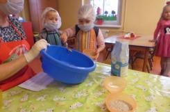 2020-11-16 - Biedronki - Pieczemy chleb