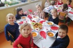 2021-02-16 - Mrówki - Elegancki obiad walentynkowy