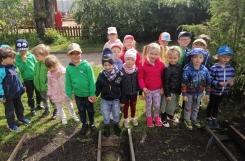 2021-05-21 - Motylki - Nasz przedszkolny ogródek