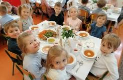 2021-05-26 - Motylki - Elegancki obiad z okazji Dnia Matki