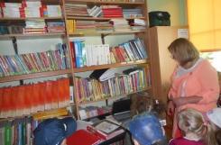 2021-05-31 - Kotki - W Bibliotece