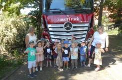 2021-06-11 - Kotki - Zwiedzamy wielką ciężarówkę
