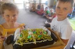 2021-07-06 - Sowy - Ciasto marchewkowe w stadionowej odsłonie