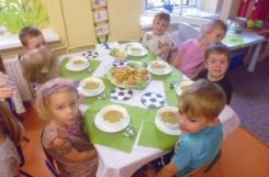 2021-07-09 - Biedronki - Elegancki obiad na pożegnanie Euro