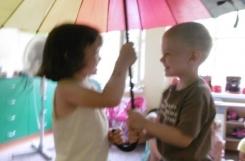 2021-07-15 - Żabki - Zabawy z parasolem