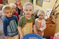 2021-10-11 - Biedronki - Pieczemy chleb