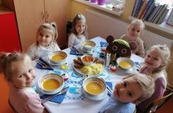 2021-10-12 - Motylki - Dzień festiwalowy w Baju Pomorskim, elegancki obiad
